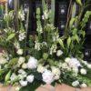 devant de cercueil blanc